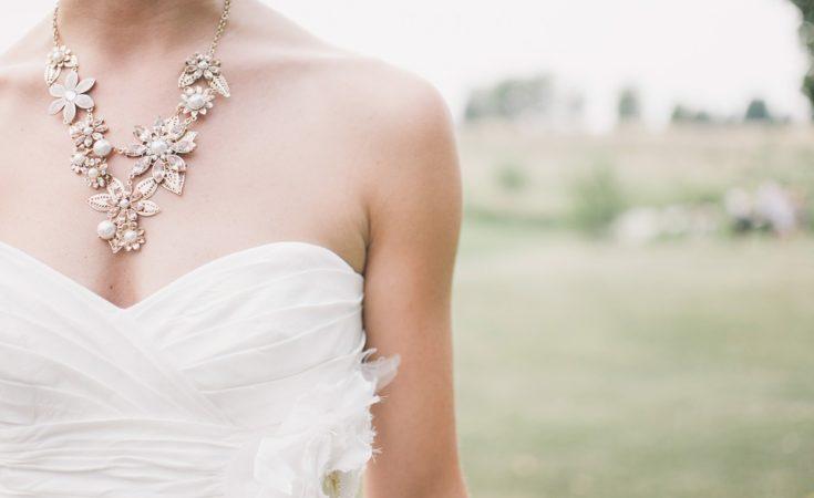abito lungo o corto per sposa
