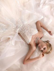 abito-sposa-nicole-firenze-romantico-prezioso-elegante